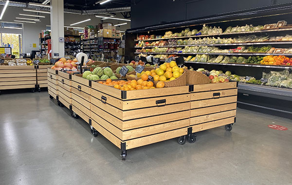 Grocery Store Clear Urethane Coating in Surrey (5000 SQ.FT)